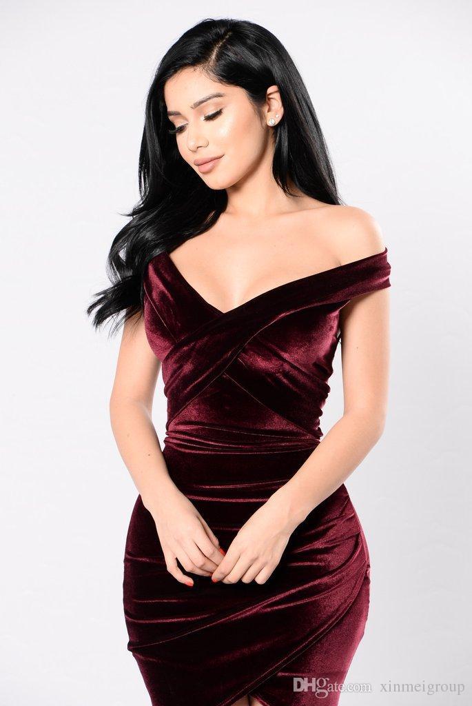 9cc1dc3fb 2018 venta al por mayor Sexy Off hombro vino rojo vaina vestido de  terciopelo mujeres fiesta de invierno de manga larga elegante lápiz Bodycon  ...