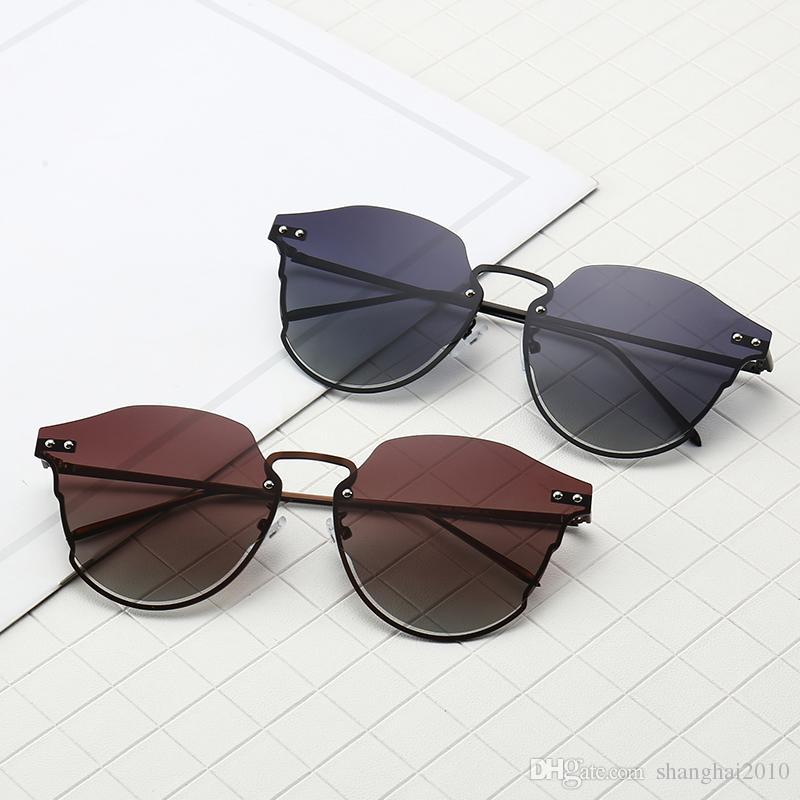9494c331941 Retro Rivet Classic Luxury Brand Frame Mirrored Round Sunglasses ...