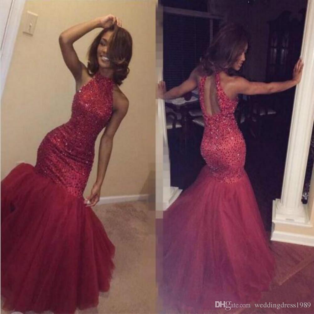 Perline rosse alla moda Mermaid Prom Dresses Hollow Back Paillettes Black Girl African Partito formale Partito arabo Abiti da sera Robe De Soiree