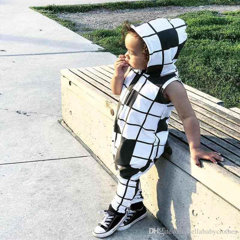 Baby Romper Summer Sleeveless Hooded Cotton Romper Jumpsuit Black White Plaid Newborn Jumpsuit Fashion Baby Girl Boy Clothes