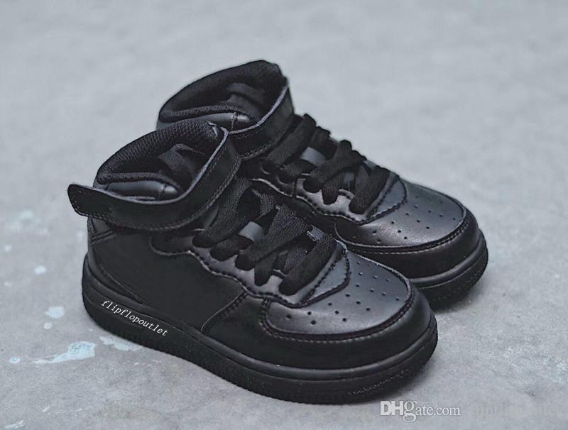 d61fe2f83 Compre 2018 Moda Aiforce Mediados De 07 Niños Zapatos Para Niños High Top  Zapatillas De Deporte Bebés Causales Zapatos Niños Niñas Tamaño Euro 22 35  A ...