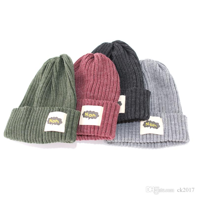 ab24b269de2 2019 New Fashion Retro Winter Embroidery Men S And Women S Head Knit Hat  Thick Warm Wool Hat Cold Cap From Ck2017