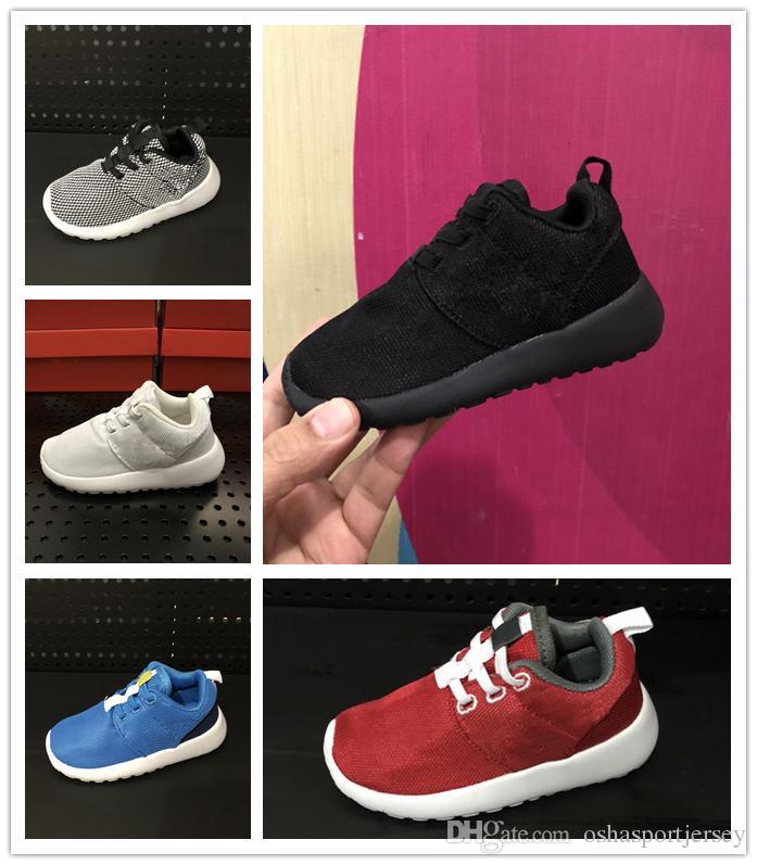 new styles cfa43 ced7e Compre Nike Roshe Run Rosherun 2018 Venta Marca Niños Zapatos Deportivos  Casuales Niños Y Niñas Zapatillas De Deporte Niños Zapatillas Para Niños  Zapatos Al ...