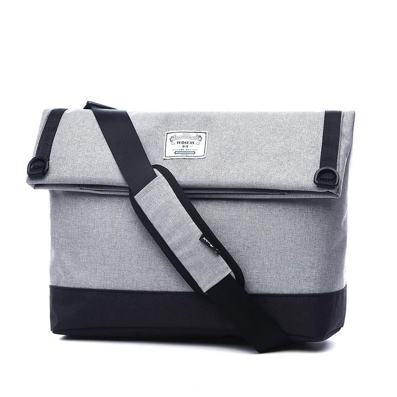c7fe094eb3d0 2018 Crown New Shoulder Bag Canvas Messenger Bag Men S Korean Leisure  Foreign Trade Handbag Factory Outlet Hot Sale Clutch Bags Hobo Bags From  Finallan