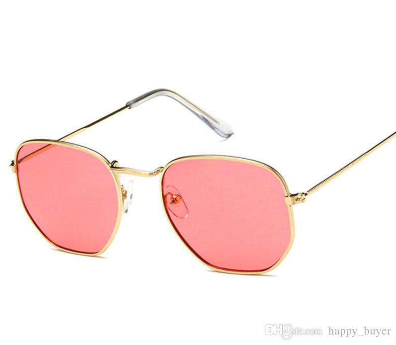 Compre Gafas De Sol Del Diseñador De La Venta Caliente Para Las Mujeres Del  Hombre Vacaciones De La Playa Del Verano Gafas De Sol De La Vendimia Marco  De ... 4f1065bc5ed9
