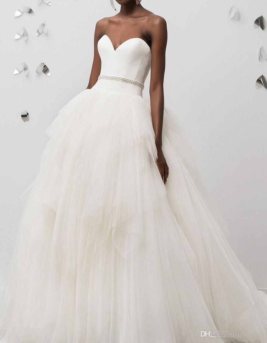 19fceb17d3 Minimalist Wedding Dress Ball Gown Satin Sweetheart Backless Tulle Skirt  Ivory Bridal Gown New Custom Made Bride Gowns Brides Dress From Freespirit
