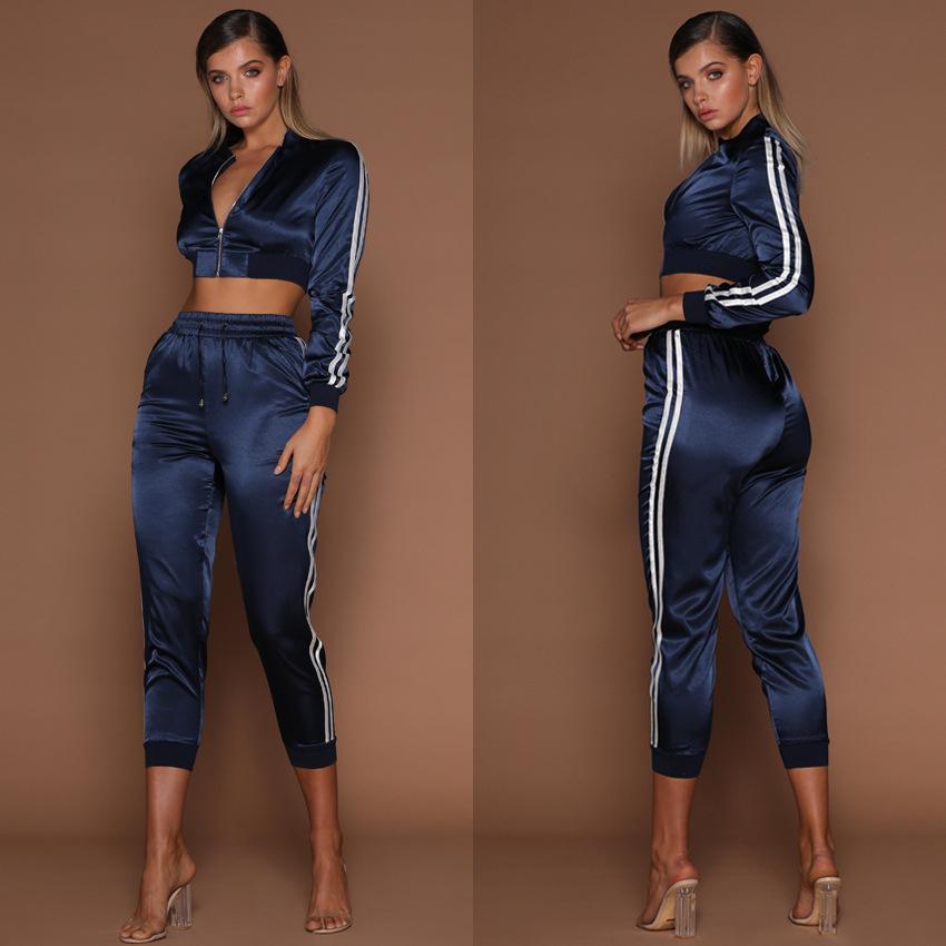 Survêtements Femmes Printemps Eté Vêtements de Sport Ensembles Rayures Courtes Vestes De Sport Crop Pants Costumes Slim Convient Tenue Décontractée