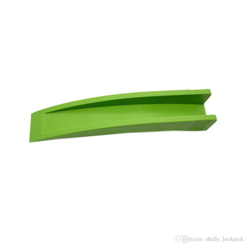 Heißer verkauf klom gummi stecker nut auto manuelle entsperren werkzeugsatz kunststoff grün schlosser werkzeug schloss picks