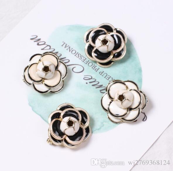 Women Girl Fashion Black White Enamel Camellia Flower Badge Brooch Suit Shirt Accessories Brooch Pins Jewelry