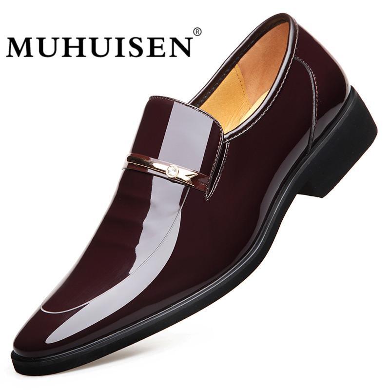 796e875dc Compre Muhuisen Homens Vestido Sapatos De Couro Slip On Moda Masculina  Formal Sapatos Oxford Apartamentos Apontou Toe Casuais Para Homens 2018 De  Beasy111, ...