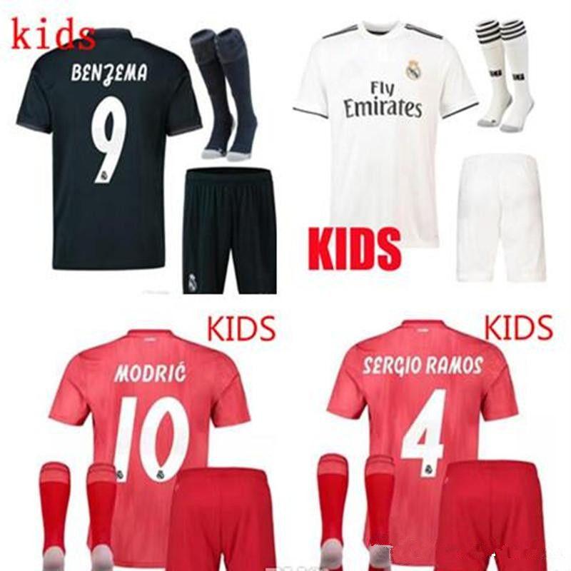 14eca8a6b Großhandel 2018 2019 Kinder Kit Real Madrid Fußballtrikot 18 19 Home Weiß  Auswärtstrikot Isco Asensio Bale Kroos Kind 3.