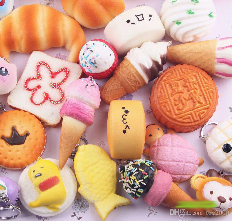 Squishy Simulação PU Donut lento rebote Macio Encantos Do Telefone Lento Rising Jumbo Buns Cream Natal