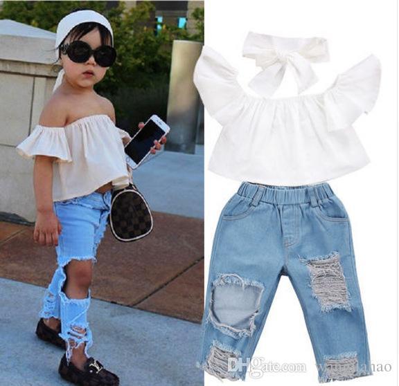 c7e6af5d93aa8 mother and daughter Vieeolove Korea Kids Clothing 2Sets Girls 2018 New  Summer Shoulder-straps cotton Floral T-shirts Jeans Pants 2 sets