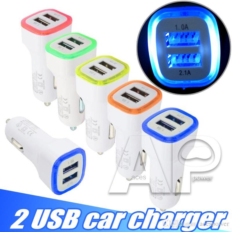 5V 2.1A Dual USB Porte USB LED Adattatore caricabatterie auto Adattatore universale Adattatore di ricarica universale iPhone Samsung S10 S11 Nota10 Telefono cellulare