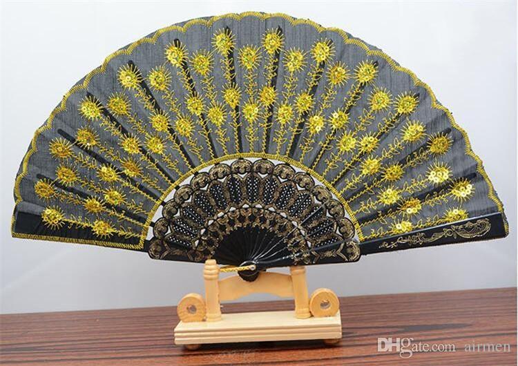 Neue Gestickte Pailletten Hand Spitze Blume Faltfächer Spanischen Stil Tanzen Hochzeit Party Decor Kunststoff Hand Fans