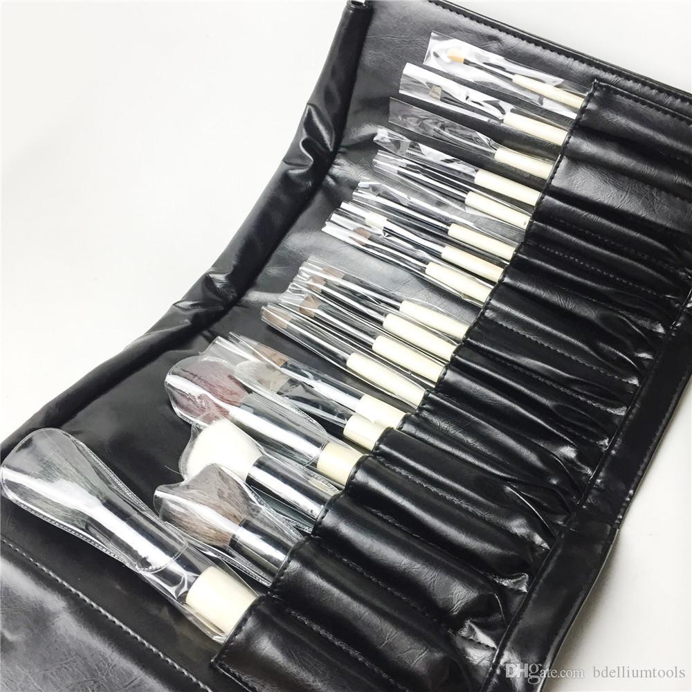 BB-SERIES 18-Brushes The Complete Brush set - مجموعة فرش مقبض خشبي ذات جودة عالية - أداة ماكياج Beauty Brushes Blender Tool