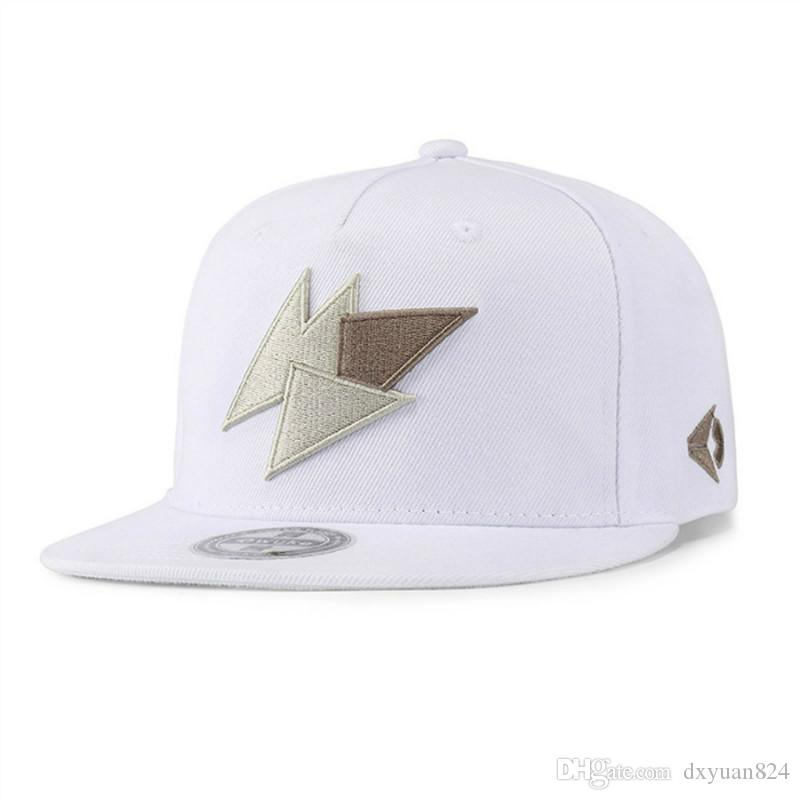 659c933701e Fashion Unisex Solid Flat Bill Snapback Hip Hop Cap Outdoor Sports Baseball  Hat Cool Street Dance Breathable Adjustable Sun Hat 59fifty Snapback Cap  From ...