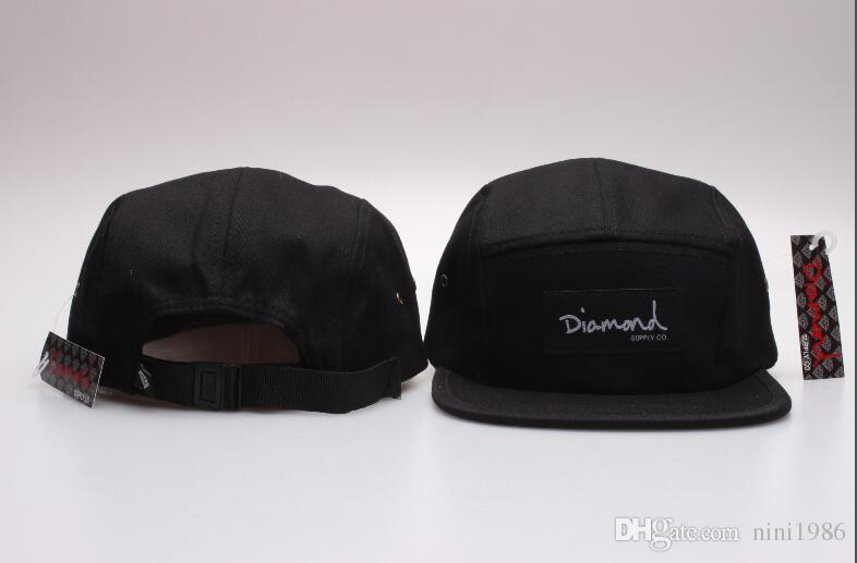 Compre El Más Nuevo Al Por Mayor 20 Style Five 5 Paneles De Diamante  Snapback Caps Hip Hop Cap Sombrero Plano Sombreros Para Hombres Casquette  Gorras Planas ... 03e189b0c21