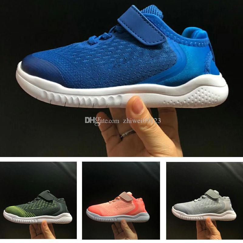 nouveau style 60ba5 535e1 Enfants Free Run 5.0 Chaussures Garçons Baskets Baskets Enfants Garçon  Fille Enfants Retros Blanc, chaussure, daim 700 Gris