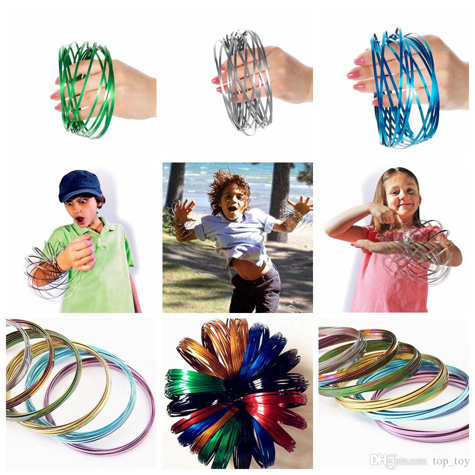 Metal Toroflux Rainbow Colorful Flow Ring Toy 10 Colors Holographic by While Moving Creates a Ring Flow Kinetic Toys OOA4717