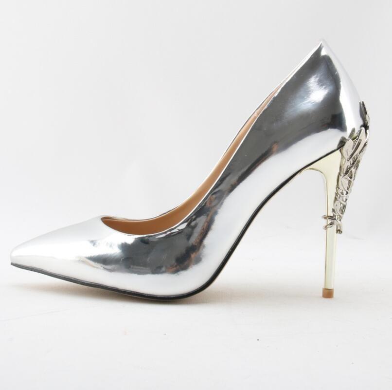 a37f07fa7d Elegante Decorações De Metal Mulher Bombas De Salto Alto Sexy Pontas Do Dedo  Do Pé Deslizamento Em Sapatos Apropriados Único Primavera Outono Vestido De  ...