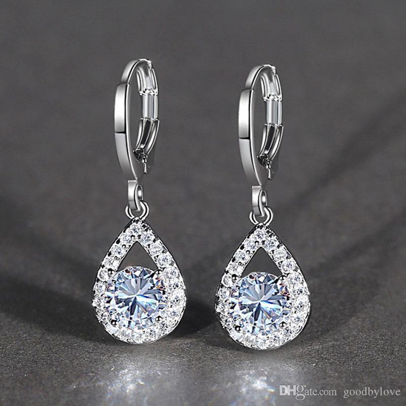 Cristales Chispeantes de alta calidad Cluster Big CZ Teardrop Hoop Pendientes Collar Colgante Moda Para Mujer Conjuntos de Joyería para la Boda del partido