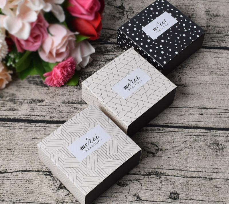 9x87x4cm Gift Candy Box For Wedding Party Birthday Dots Lattice Small Drawer Paper Cake Chocolate Packaging Cardboard Christmas Gifts Wrapping