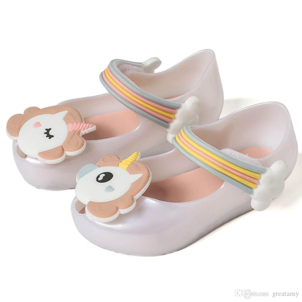 ce8fae33 Compre 2018 Nuevo Bebé Unicornio Zapatos Niña Princesa Primeros Andadores  Sandalias Suaves Pony Baoli Bebé Jalea Zapatos A $5.08 Del Greatamy |  DHgate.Com