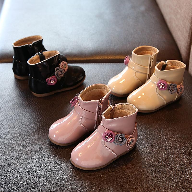 2018 Herbst Neue Baby Mädchen Mode Stiefel Baby Schuhe Nette Blume Leder Low Heels Stiefel für Mädchen Rosa Schwarz Farbe