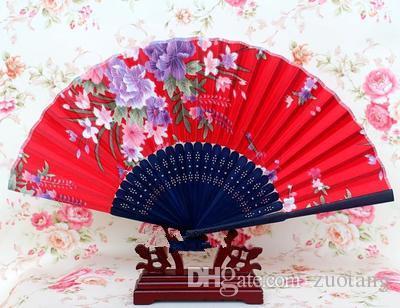 Портативный японский ткань рука вентилятор 50 шт. бамбук цветочные ремесло шелк складной вентиляторы для свадьбы партии женщин пользу вентилятор Оптовая