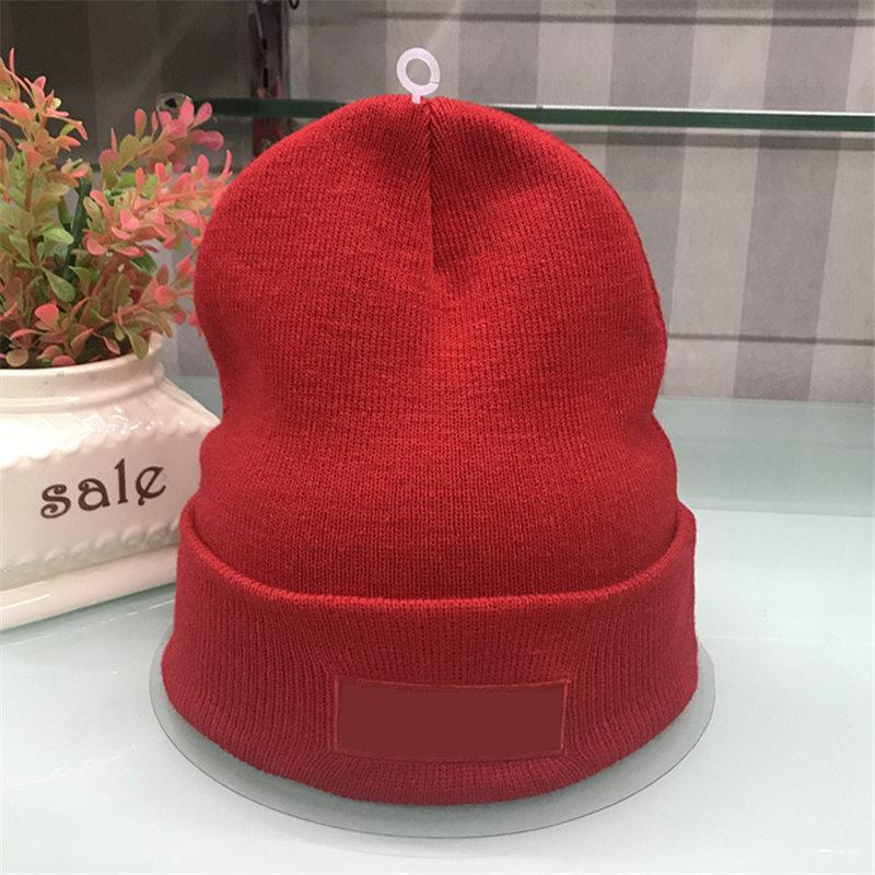Compre 2018 Design De Marca De Luxo Gorros Moda Masculina Mulheres Chapéus  De Malha De Inverno Famoso Unisex Crânio Caps Chapéus De Esqui Presente De  Natal ... 5c971bceb5a