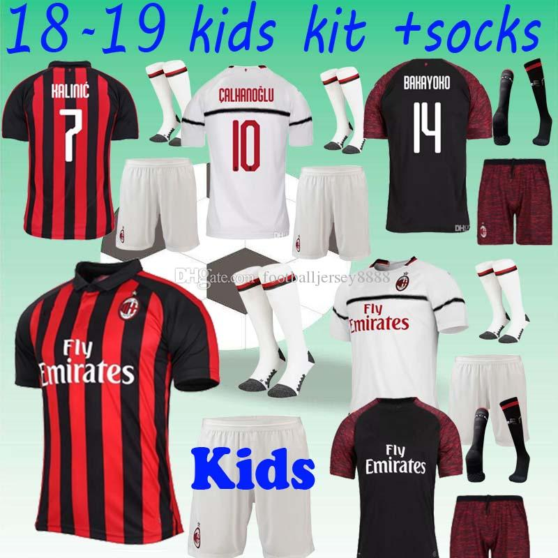 672a7bf46 2019 2018 Milan Soccer Jersey Kids Kits+Socks 18 19 HIGUAIN Home Kids Soccer  Shirt Customized  9HIGUAIN  10 CALHANOGLU  19 BONUCCI Football Shirt From  ...