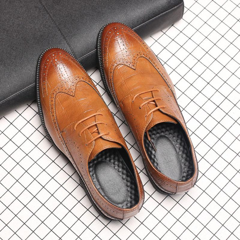 3eb016768c91 Hot Fashion Men Brogue Shoes Vintage British Pointed Toe Carved ...