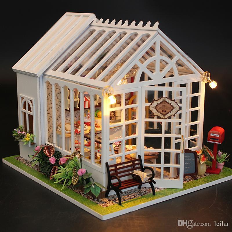 Großhandel Großhandel CUTEBEE DIY Puppenhaus Miniatur Holz Puppenhaus  Miniaturas Möbel Spielzeug Haus Puppe Spielzeug Für Weihnachten Und ... 21e45eea10