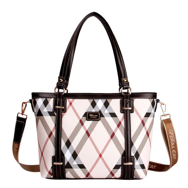 Luxury Women Clutch Bags Travel Duffel Bag Womens Luggage Bucket Type Black  Shoulder Tote Bag PVC Vintage Tote Shopping Bag Handbags Brands Hobo  Handbags ... 5bd0b7815f