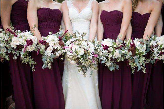 Einfache Eine Linie Chiffon Brautjungfer Kleider 2017 Neue Rüschen Sleeveless Schatz Bodenlangen Brautjungfern Kleider Hochzeit Kleid Plus Siz