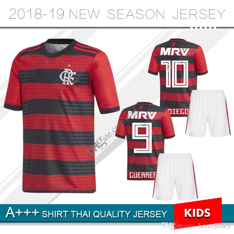 Compre 2018 Flamengo Camisas De Futebol 18 19 Flamenco DIEGO GUERRERO E  .Ribeiro MANCUELLO VINICIUS JR 18 19 Camisas Do Uniforme De Flamengo Jersey  De ... 595cea474ac3b