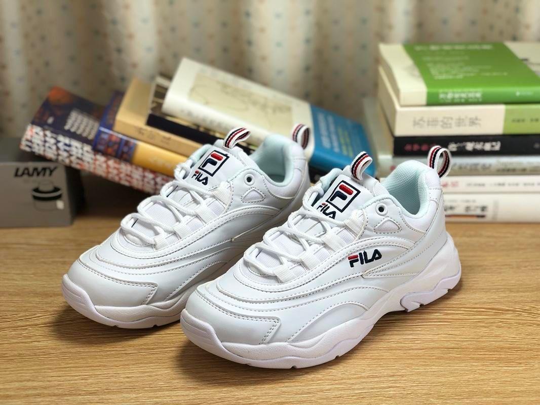 7d23be219f6 Acheter 2018 Chaussettes Chaussures De Course Pour Hommes Femme Nouvelle  Étape Blanc Noir Ray Fila 2 Perturbateurs Mode Sport Sneaker Hommes  Chaussures ...