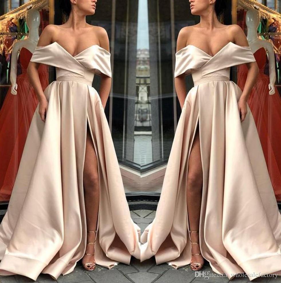 d37e9c1160299 Satın Al 2018 Şampanya Kapalı Omuz Saten A Hattı Uzun Gelinlik Modelleri  Dantelli Bölünmüş Uzun Örgün Parti Abiye Giyim, $149.75   DHgate.Com'da