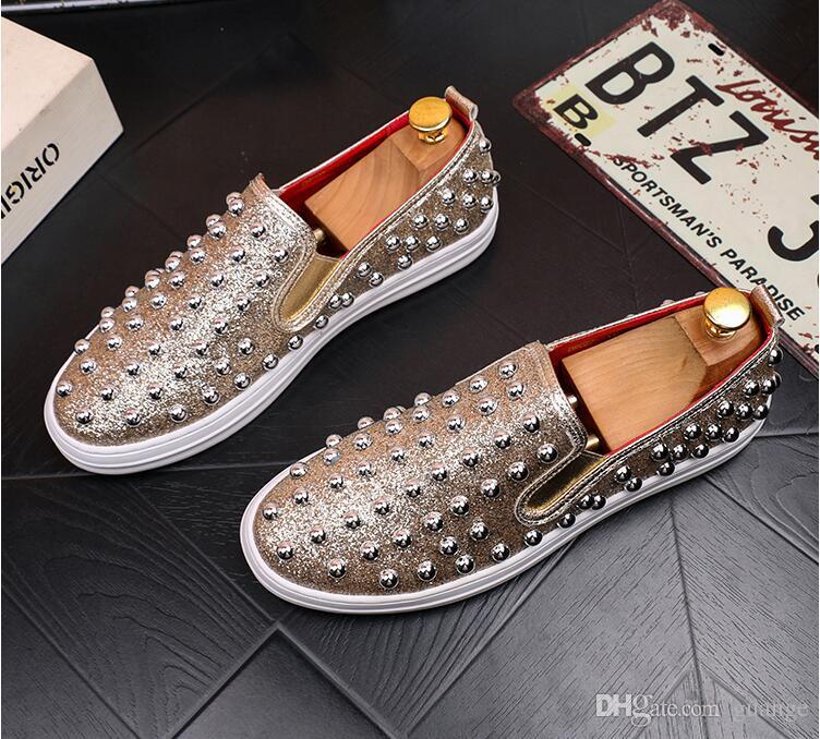 2019 New Style Uomo mocassini oro nero strass diamante mocassini a spillo italia formale rivetti scarpe da sposa partito scarpe z595