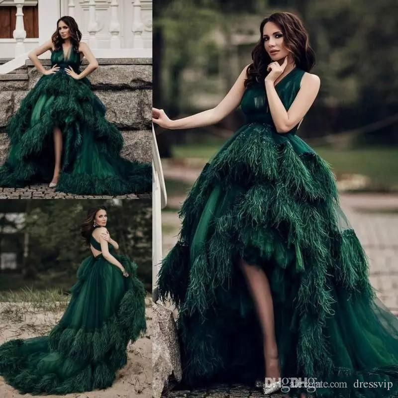 2018 Dark Green Prom Dresses Feathers Open Back Hi-Lo Tiered Tulle Formal Dress Evening Wear V-Neck Custom Made Celebrity Cocktail Gowns