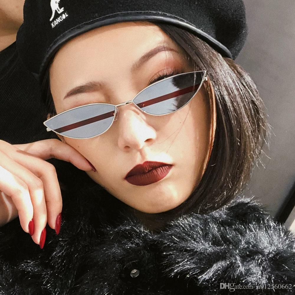 Compre Pequeno Olho De Gato Óculos De Sol Das Mulheres De Moda De Metal Sexy  Bonito Óculos De Sol Dupla Cor Lente Vermelho Amarelo Celebridade Marca  Casal ... 5a2277db78