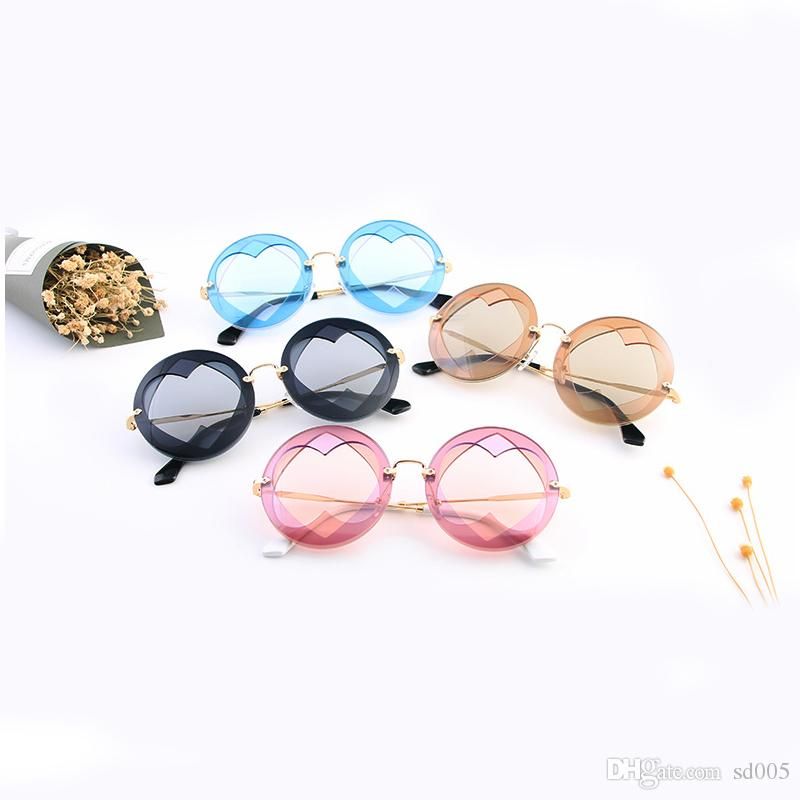 21022e1a1c Love Heart Shape Sunglasses For Women Designer Sun Glasses Valentine Day  Gift Fashion Style Ultraviolet Proof Eyeglasses 25kt ZZ Sunglasses Shop  Bolle ...