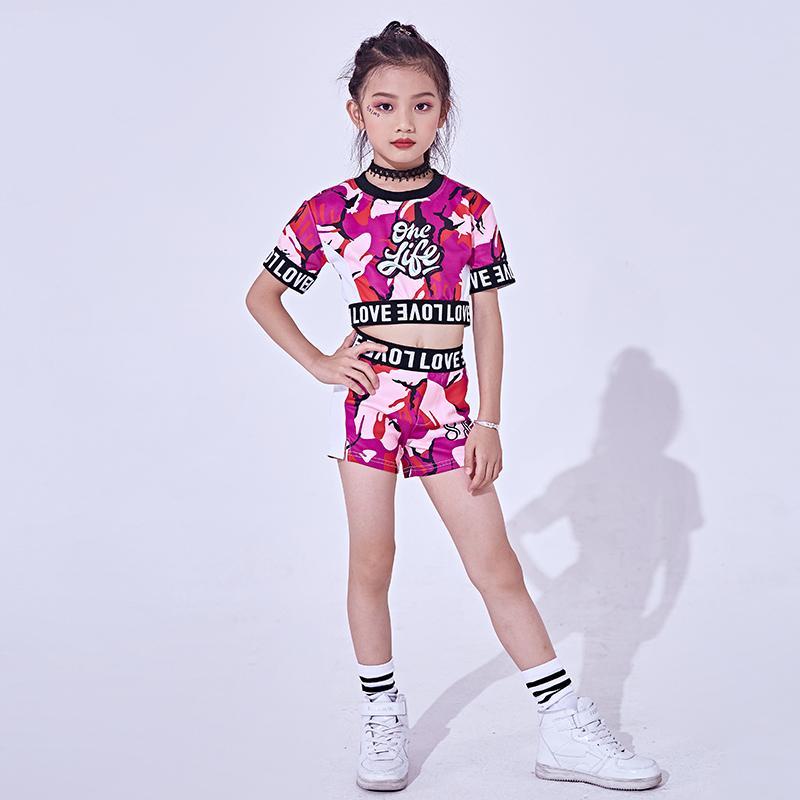 10a25f1e11e40 Compre Disfraces De Hip Hop Danza Niños Moda Impreso Tops De Manga Corta  Pantalones Cortos Chicas Jazz Dance Traje De Niño Etapa De Rendimiento  DNV10141 A ...