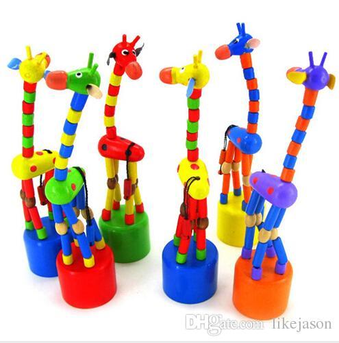 Venta al por mayor- 2017 nuevo regalo lindo para Ki ds Intelligence T oy Dancing Stand Colorful Rocking Giraffe De madera para y Houten Speelgoed Precio más bajo