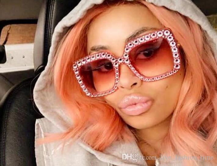 Оптовые продажи высокое качество солнцезащитные очки Женщины 2018 бренд дизайн большой алмазный камень ретро солнцезащитные очки женщины роскошные площади Cateye солнцезащитные очки UV400