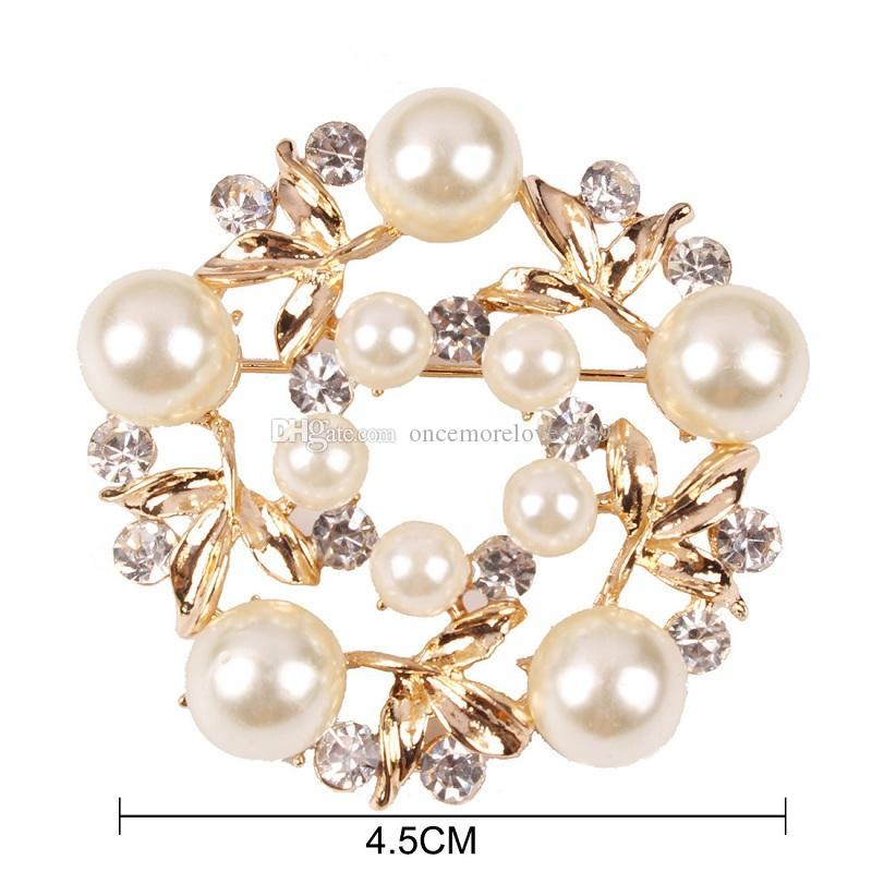 2017 new Crystal luxury gold Imitation pearl brooch for women Jewelry top grade fashion clothes accessories