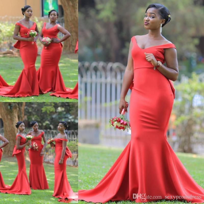 194b9065c11 Acheter Africain V Cou Longue Demoiselle D honneur Robes Pour Le Mariage  Plus La Taille Sirène Domestique De L honneur Robes Satin Balayage Train  Femmes ...