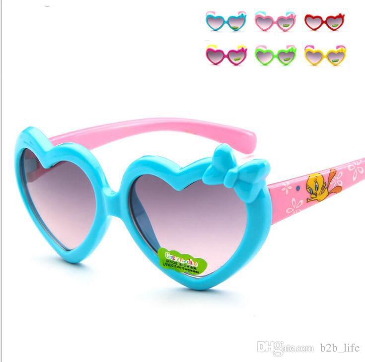 Children's Eyewear Love Heart Girls Sunglasses Summer Kids Sun Glasses Cute cartoon child UV protection fashion heart sunglasses KKA4065