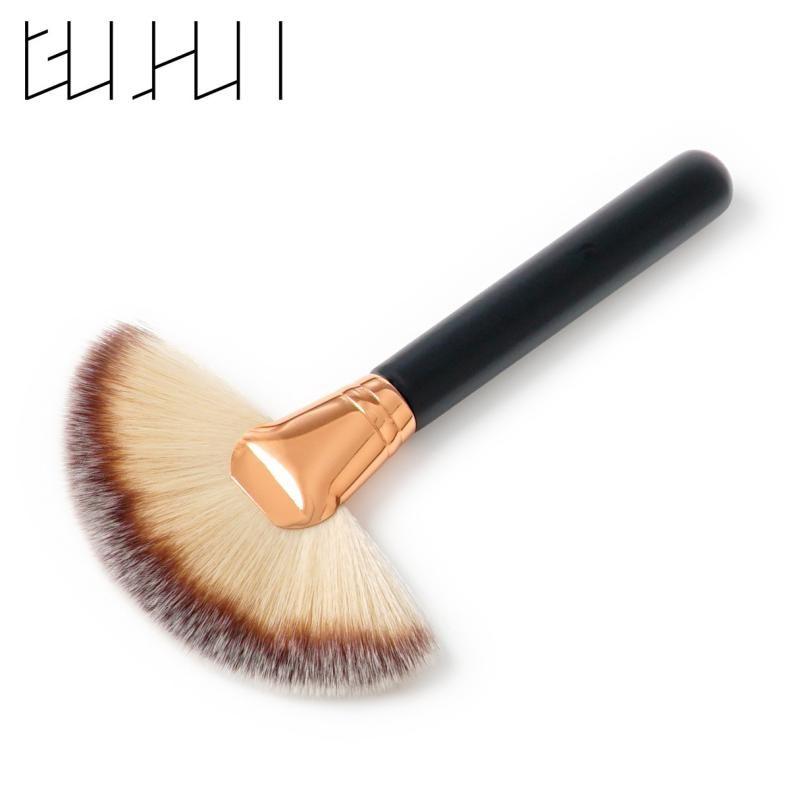 2017 Newest Mix Color Soft Nylon Hair Large Makeup Fan Shape Blusher Brush Makeup Beauty Tools Foundation Powder brush